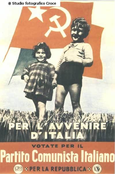 Poster politico   #TuscanyAgriturismoGiratola