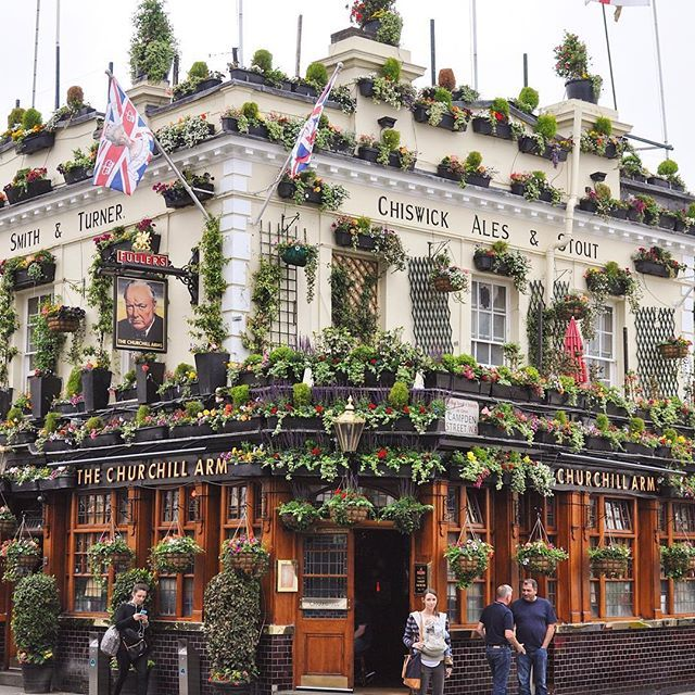 More flowers is always the right answer  . The Churchill Arms is a regular winner of the London in Bloom competition, but did anyone get a chance to check it out during Christmas? It was decorated with 90 evergreen trees! This pub gets even quirkier; it's an Irish pub, named after an English prime minister, and serves Thai curry and noodles. Still trying to wrap my head around that.  . . . #churchillarms #nottinghill #photosofengland #photosofbritain #visitbritain #darlingdaily #lo...