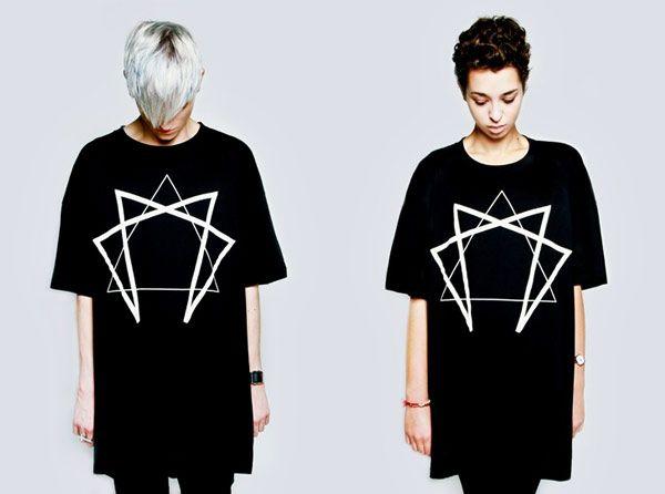 """LONG CLOTHING【ロングクロージング】 """"Enneagram""""グラフィックTシャツ"""