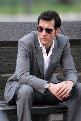 Clive Owen in suit + 40%