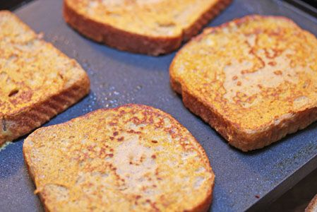 Pumpkin Pie French Toast. Looks super easy and delicious. Author says she cuts the leftover into sticks for a quick meal in the future. Use egg and milk substitutes to make vegan.
