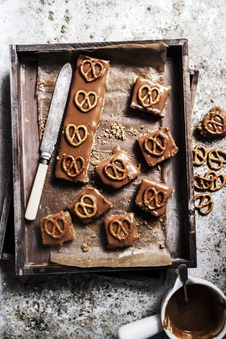 pretzel peanut caramel bars