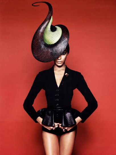 by Philip Treacy, model Jourdan Dunn, for Vogue Russia. Fantastic shaping using simple shapes in dramatic tapering from the wide brim to the delicate points.
