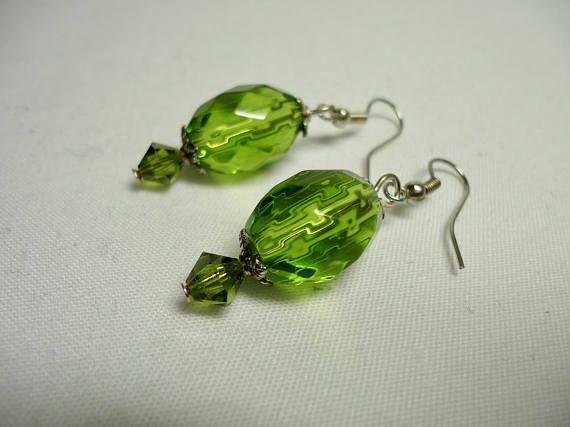Crystal Jewelry Green Teardrop Dangle earrings Crystal
