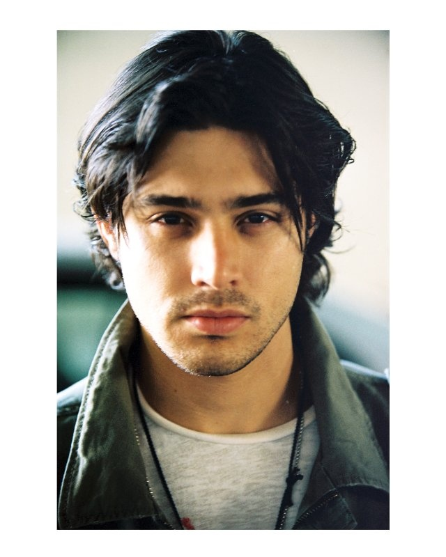 Paolo from the The Lizzie McGuire movie. Yep, there he is again...
