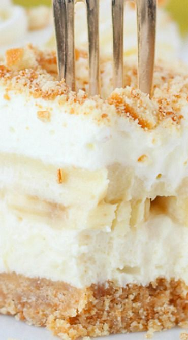 No-Bake Banana Pudding Cheesecake and No-Bake Treats Cookbook Giveaway