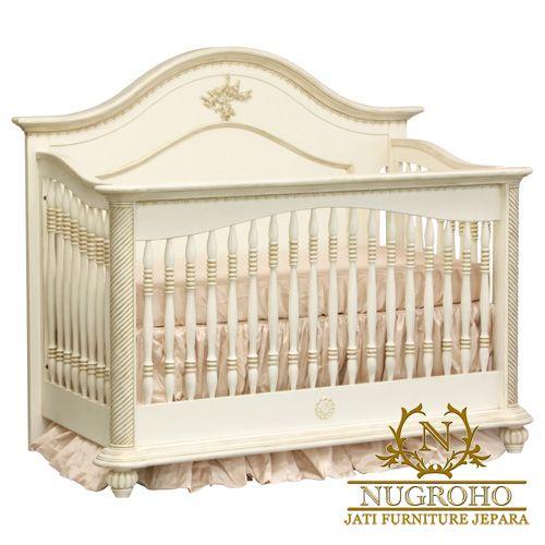 Tempat Tidur Bayi Perempuan ini sangat cocok untuk bayi bunda.