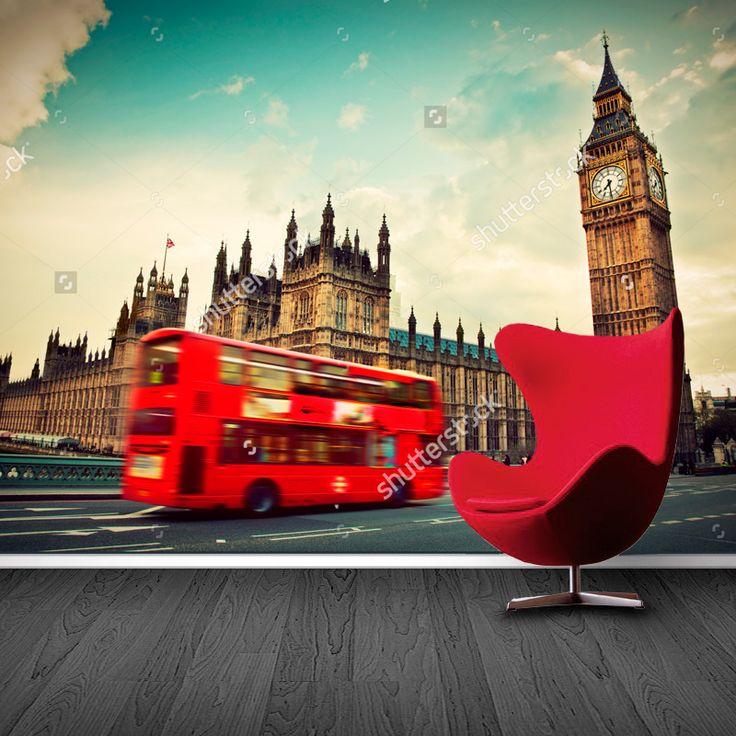 Fotobehang London red bus | Maak het jezelf eenvoudig en bestel fotobehang voorzien van een lijmlaag bij YouPri om zo gemakkelijk jouw woonruimte een nieuwe stijl te geven. Voor het behangen heb je alleen water nodig!   #behang #fotobehang #print #opdruk #afbeelding #diy #behangen #londen #london #bigben #bus #engeland #grootbrittannie #uk #brexit #stad