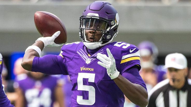 Teddy Bridgewater suffers injury in noncontact drill at Vikings practice