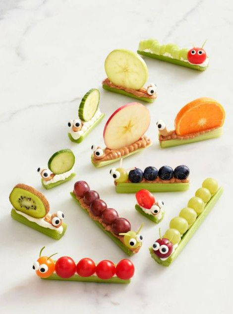Fun afterschool snack for kids! Like ants on a log but better: cream cheese + kiwi, peanut butter + blueberries, and more.