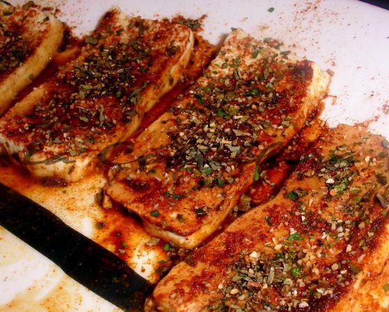 Tofu al pimentón y finas hierbas