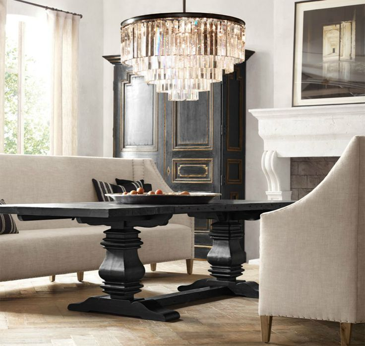 7 Décor Essentials for a Great Gatsby Inspired Living Room