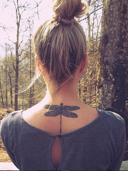 dragonfly tattoo on her back #ink #Youqueen #girly #tattoos #dragonfly