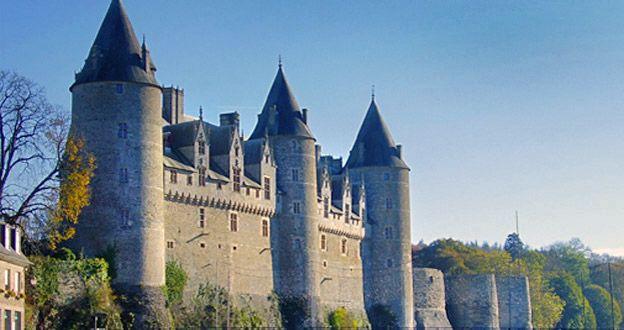 Le château de Josselin au Moyen-Age...Morbihan ...56...Bretagne