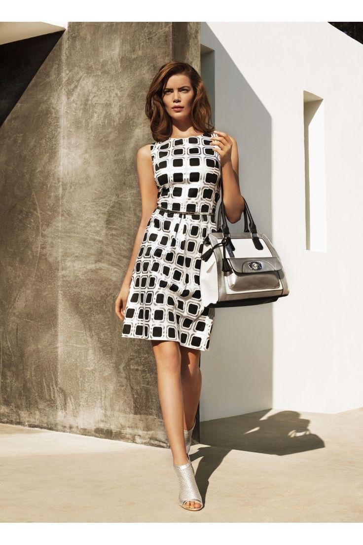 Vestido clásico y elegante black&white