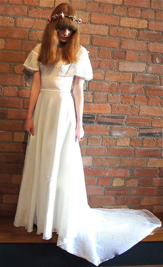 Bluebell vintage wedding festival boho bell by LeonoraBoutique #vintage #wedding #boho #weddingdress
