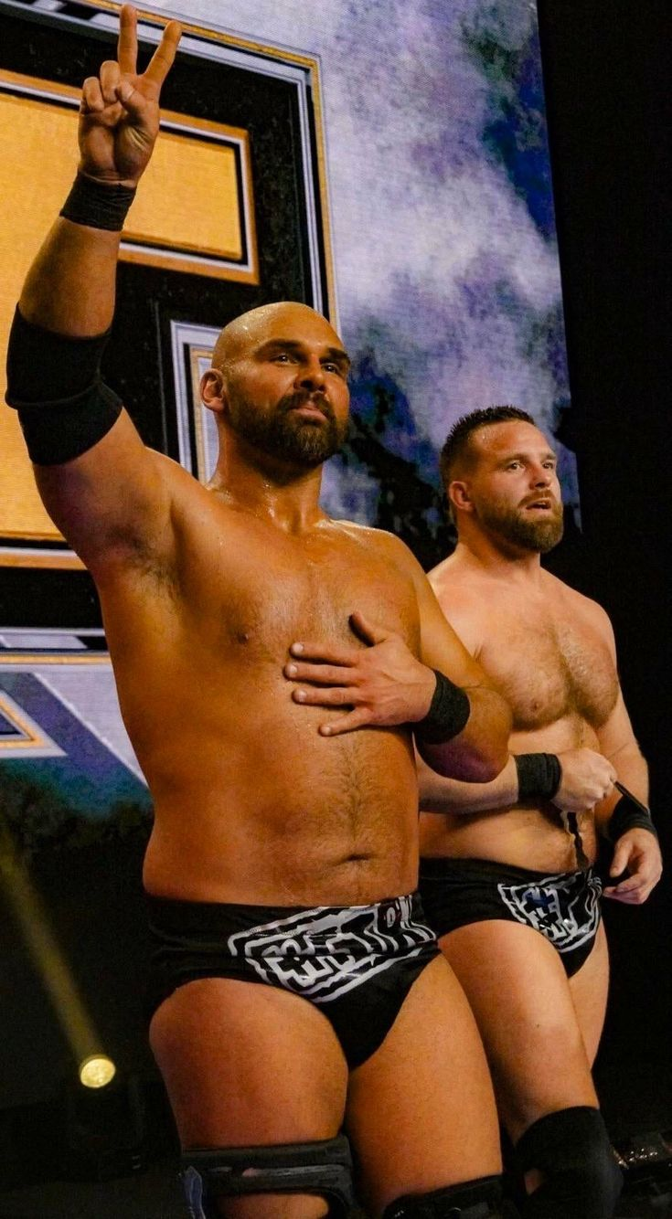 Pin by Regina Williams on WWE | Wrestling, Sumo wrestling