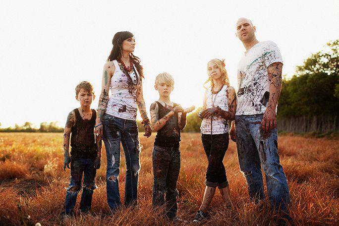 Paint family shoot.