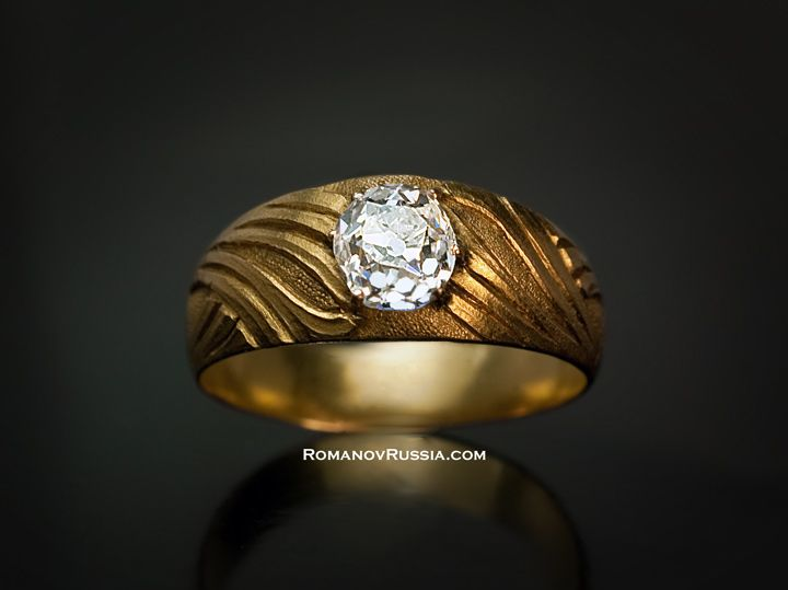 Vintage man diamond rings. Art Nouveau 1.25 ct old mine diamond and yellow gold mens ring for sale.
