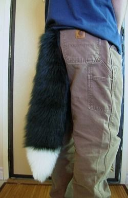 HOW TO MAKE A REALISTIC FULL SIZE FURSUIT TAIL. CAN BE USED FOR OTHER TYPES OF COSTUMES ALSO! HOW TO HAS A SEW AND NO SEW VERSION!
