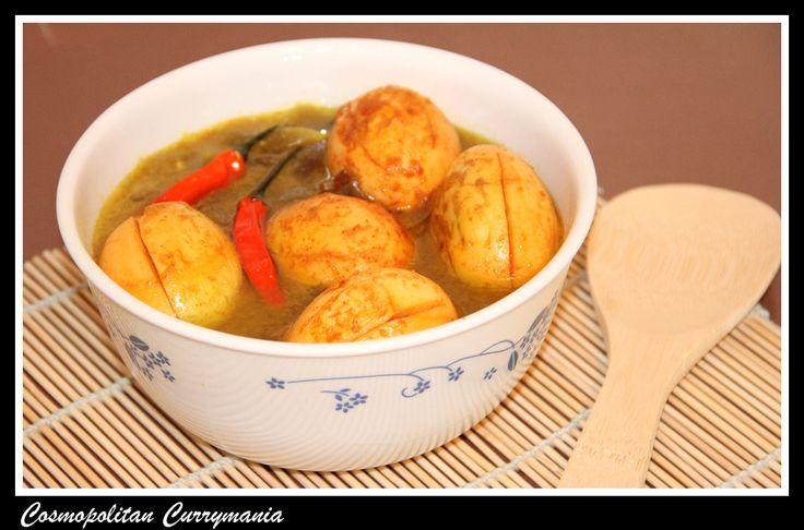 Dimer Dalna (An Indian Egg Curry)