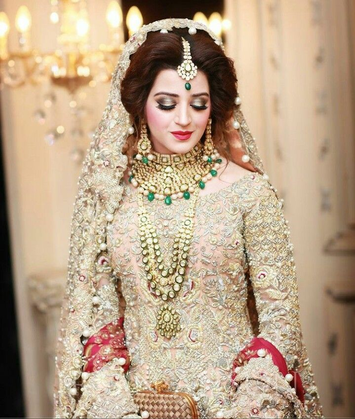 458 best Pakistani dulhan images on Pinterest | Short ...