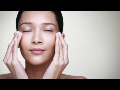 Clarins-eye cream application and pressure points to reduce puffiness and dark circles