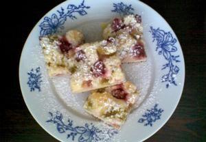 Rychlý ovocný koláč ze zakysané smetany Recepty.cz - On-line kuchařka