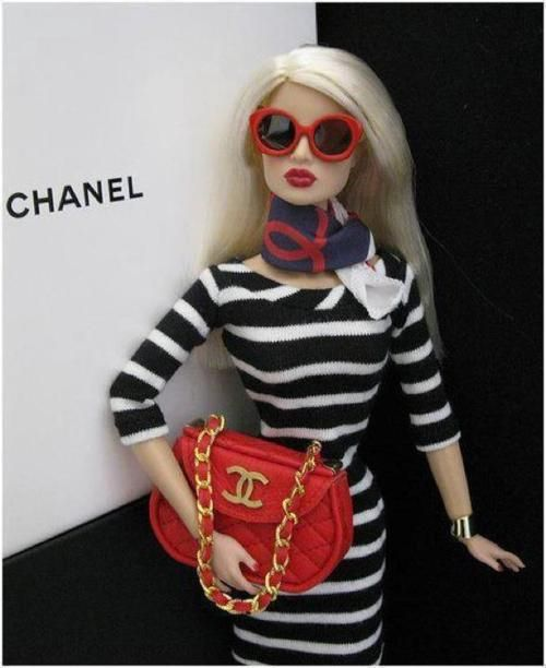Even Barbie knows what's good #chanel