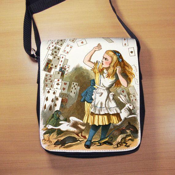 Alice in Wonderland The Shower Of Cards Shoulder by RegalosOnline