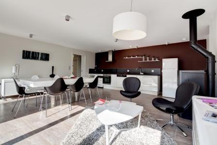 Constructeur de la maison passive, voici comment  Alliance Construction a imaginé son intérieur spacieux et lumineux.