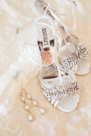 Elegant accessories for your special day.