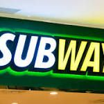 6 Nutritionists Share Exactly What They Order at Subway  In theory, Subway is a healthy lunch choice—lots of veggie and lean meat options, y'all. But the chain also serves up some sammies with nutrition facts you'd expect to find at greasier fast-food spots. Take the Chicken and Bacon Ranch, which packs 1 ...