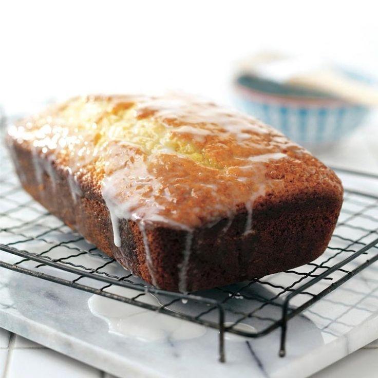 Pain-gâteau au yogourt et au citron—Un dessert à la fois santé et réconfortant. Pour les adeptes des petites douceurs citronnées, ce pain-gâteau peut aussi se faire en format muffins. Délicieux au dessert ou comme collation.