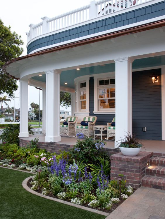 Best 25 Front porch landscape ideas on Pinterest Front