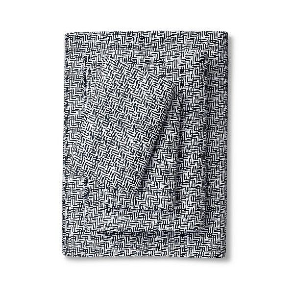 Nate Berkus Sheet Set - Blue Crosshatch ($53) ❤ liked on Polyvore featuring home, bed & bath, bedding, bed sheets, blue crosshatch, nate berkus, blue pillow cases, blue sheet sets, patterned sheet sets and contemporary bedding
