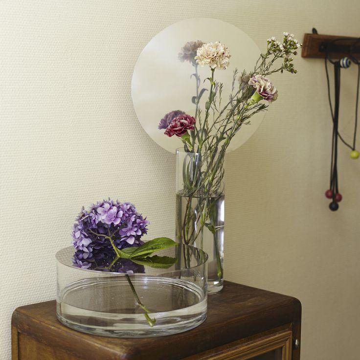 20 best images about petite friture on pinterest ux ui designer vases and ikebana. Black Bedroom Furniture Sets. Home Design Ideas