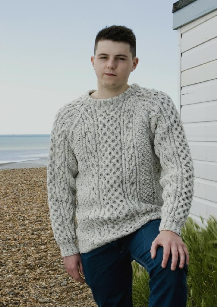 Free Knitting Patterns Mens Sweaters : 182 best images about kotott ferfi pulover on Pinterest Free pattern, Knitt...