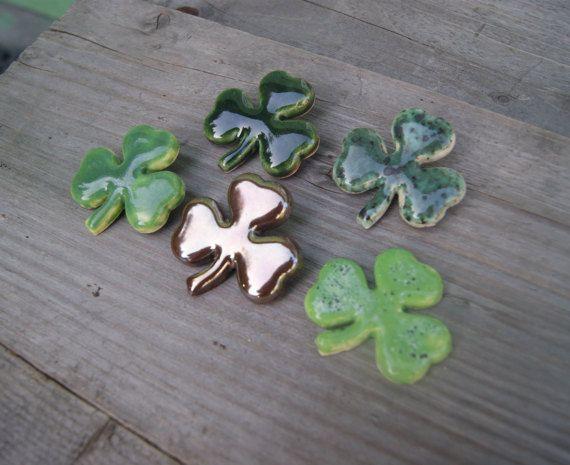 Clover brooch, shamrock brooch, clover pin, Shamrock pin, ceramic brooch, ceramic clover, St Patrick's Day pin, Green Shamrock Irish Clover