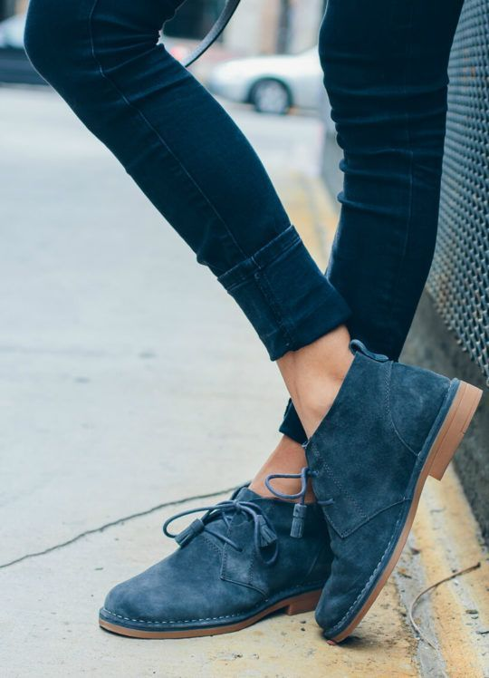 Amazing Comfortable Shoes for Teachers [7 new models not to miss]