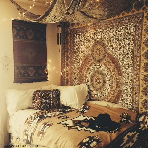 12 ways to decorate your dorm room - Indie Bedroom Decor