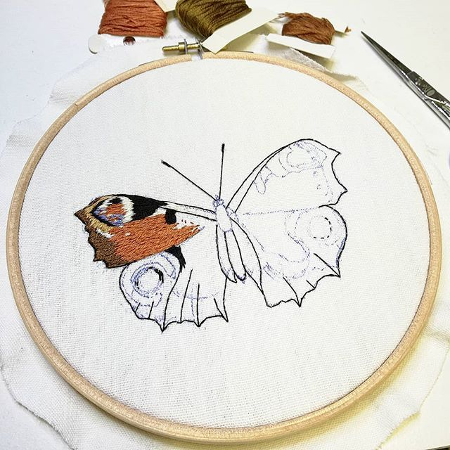 Butterfly butterfly  . . . . . #insecte #butterfly #papillion #campagne #countryside #powercolor #couleurs #nature #illustration #insectes #insect #animal #dessin #drawing #loveembroidery #delphil #handembroidery #embroidery #embroideryart #broderie #broderiemain #handmade #faitmain #brodeuse #embroidered #bordado #madeinfrance #modernembroidery #contemporaryembroidery #embroiderylove