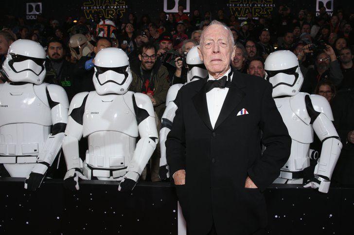 Pin for Later: La Force Était Avec les Acteurs Lors de L'avant Première Mondiale de Star Wars Max von Sydow