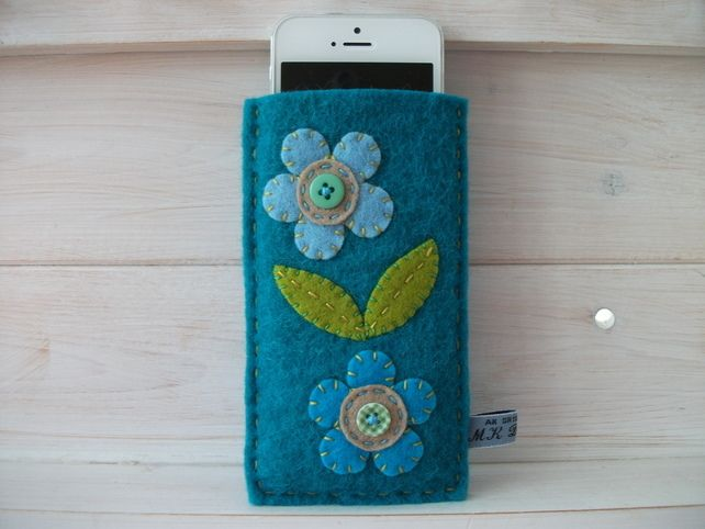 IPHONE 4-4S 5-5S-5C Re-cycled Felt phone cover-case-sleeve-Flowers.  £8.50