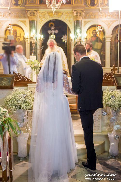 Εναλλακτικές Ανθοστήλες Εκκλησίας, Floor glass vases with gypsophylla and silver decoratives - orthodox wedding in Greece