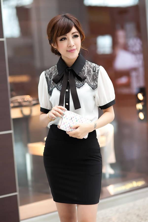 Blouse Price : IDR 82.000  Original : china Fabric : Chiffon + Lace Bust : 88cm Sleeve : 25cm Length : 62cm 200grams