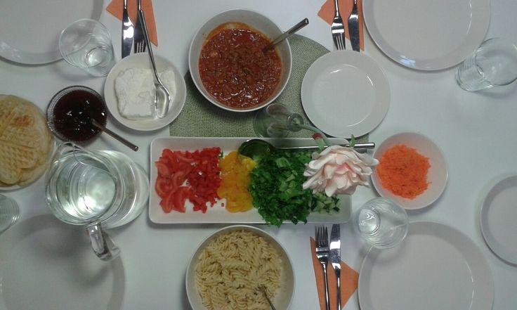 Yhdessä hyvä ruoka tulee:)