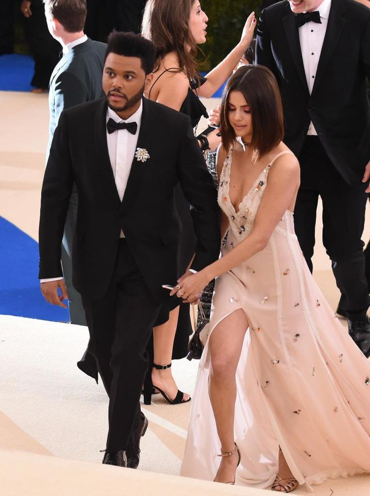 Selena Gomez and her Boyfriend The Weekend at 2017 MET Gala in NYC May-1-2017) 9 HQ pictures inside of Selena Gomez and The Weekend at the MET Gala The post Selena Gomez and her Boyfriend The Weekend at 2017 MET Gala in NYC May-1-2017) #MetGala @selenagomez appeared first on Celebrity FRC.