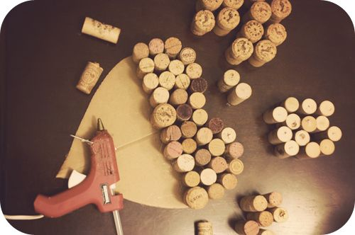 a champagne dream: Valentine DIY: Wine Cork Heart