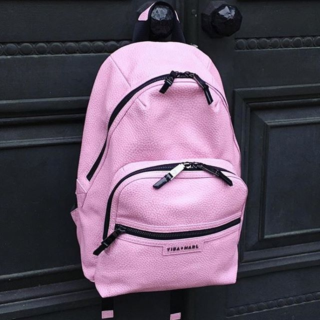 changingbagsjustgotsexy,tibaandmarl,coolbabystyle,mumstyle,londonstyle,newarrivals,sobeaubabyLook at this little beauty! The brand new pink Elwood by @tibaandmarl will be landing in store in the next week or so and we are already totally smitten! #sobeaubaby #tibaandmarl #newarrivals #changingbagsjustgotsexy #londonstyle #mumstyle #coolbabystyle